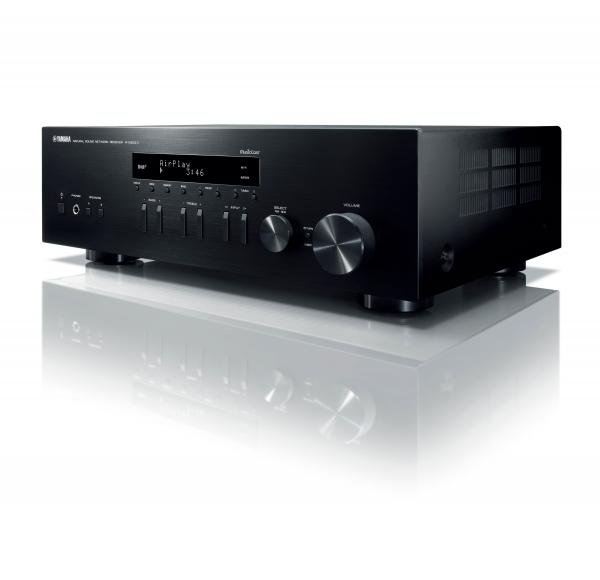 Yamaha R-N303D SILVER 419€